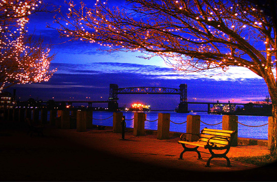 downtown Wilmington riverfront art